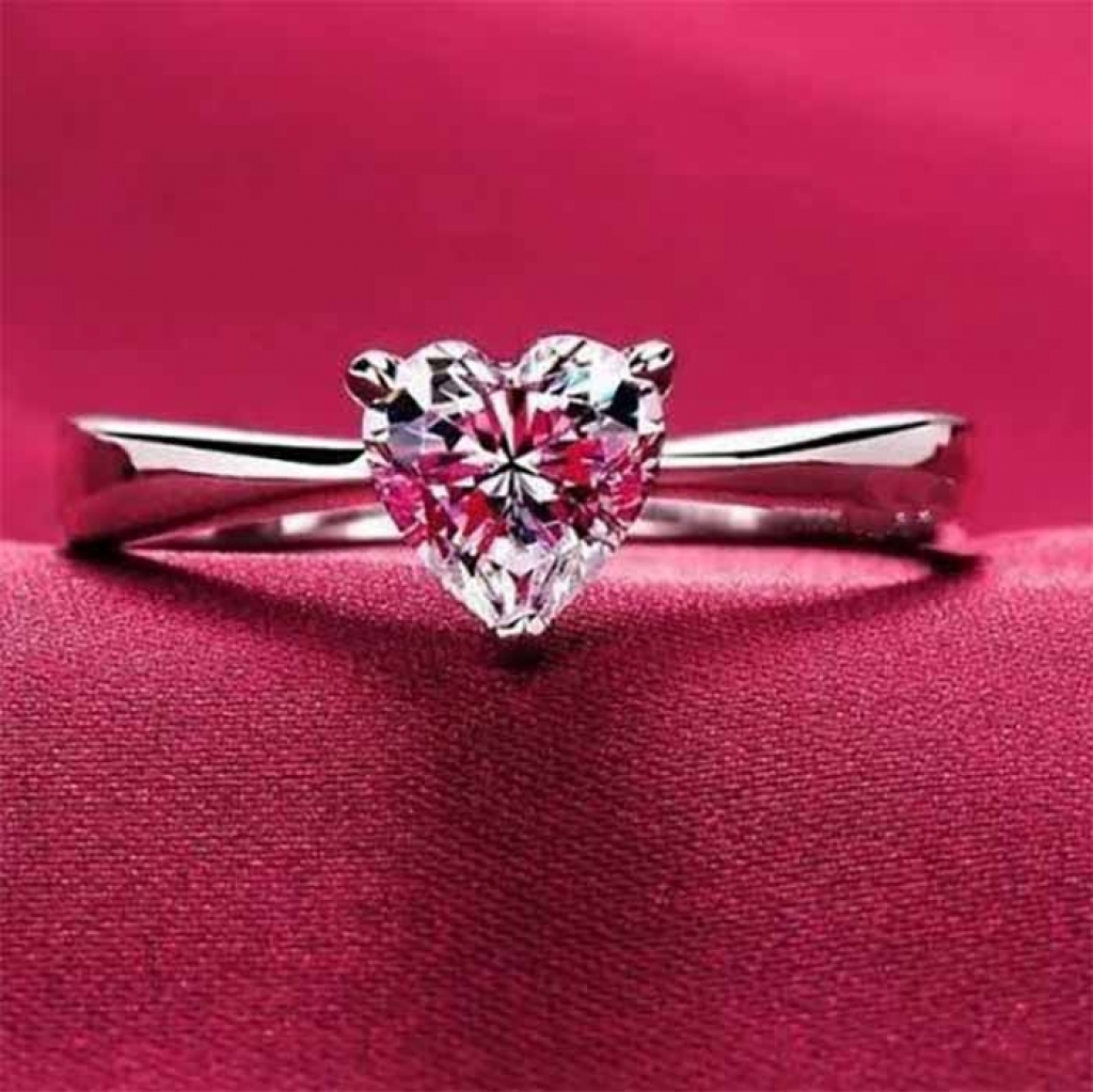 Heart Shaped Ring - 1025